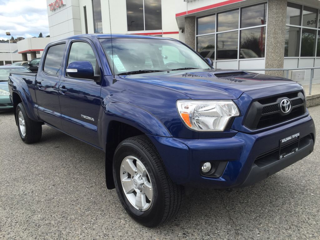 certified pre owned 2014 toyota tacoma 4 door pickup in kelowna pdp2124 kelowna toyota. Black Bedroom Furniture Sets. Home Design Ideas